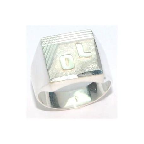 Chevalière argent avec deux initiales soudées