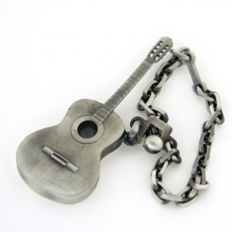 Porte clés guitarre argent  vieilli